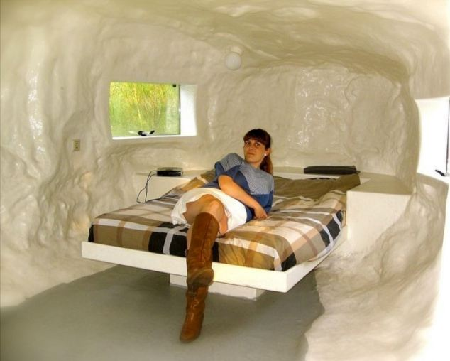 STIAN_BUM HOTEL_IMAGE007 A HOTEL shaped like a COLON is getting rave reviews from punters…who are saying it is 'spicing up their sex life'. The CasAnus Hotel in Belgium offers couples a night inside a colon for just 120 Euros - around £100 - complete with a double bed, shower and central heating. Couples are flocking to the one-room hotel on an island near Antwerp to enjoy a night inside the colon, saying it's 'amazing'. The hotel was designed by Dutch artist Joep van Lieshout and is run by owners Geert and Carla Verbeke-Lens, who say the hotel is 'extremely popular' with couples. STIAN ALEXANDER 07528 679198