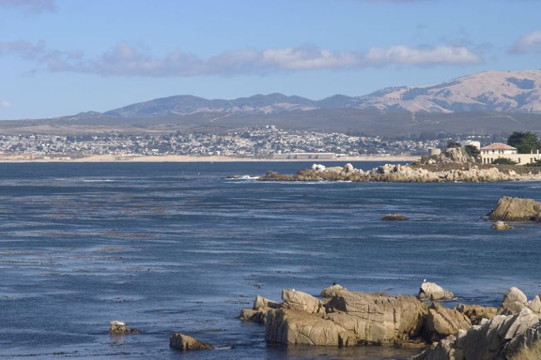 800px-South_Monterey_Bay